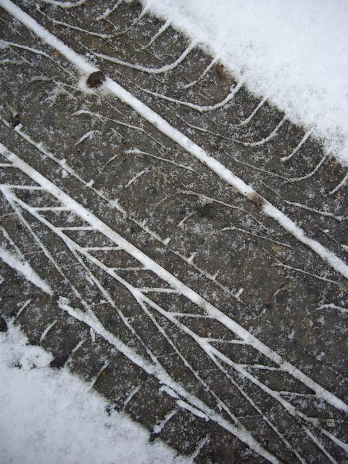 tyre_tracks